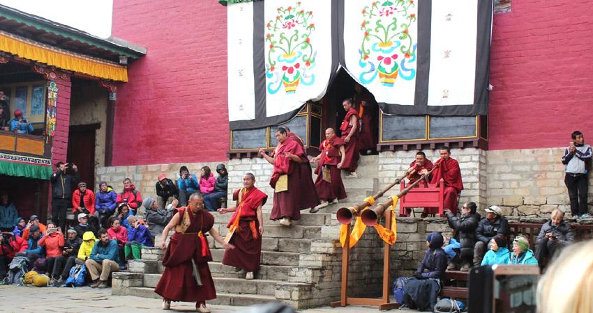 Mani rimbdu festival trek