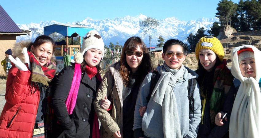 Nepal winter trekking