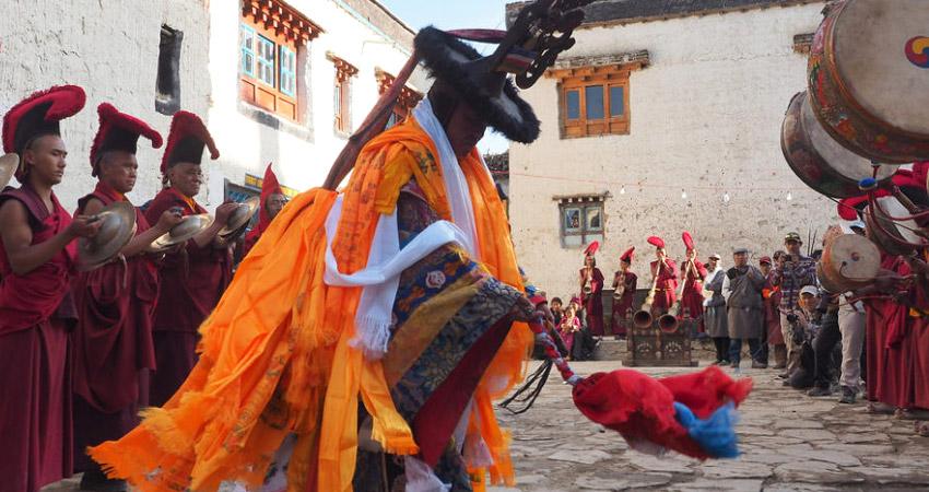 Nepal festival trek