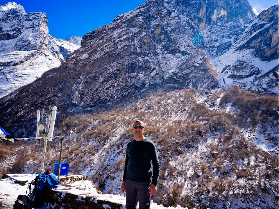 annapurna base camp solo vs group trek
