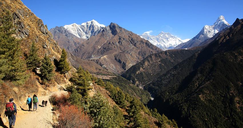 Everest Hiking – Get full details of hiking in Everest region.